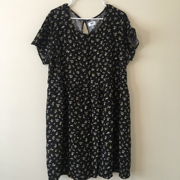 Old Navy Black Floral Plus Size Dress